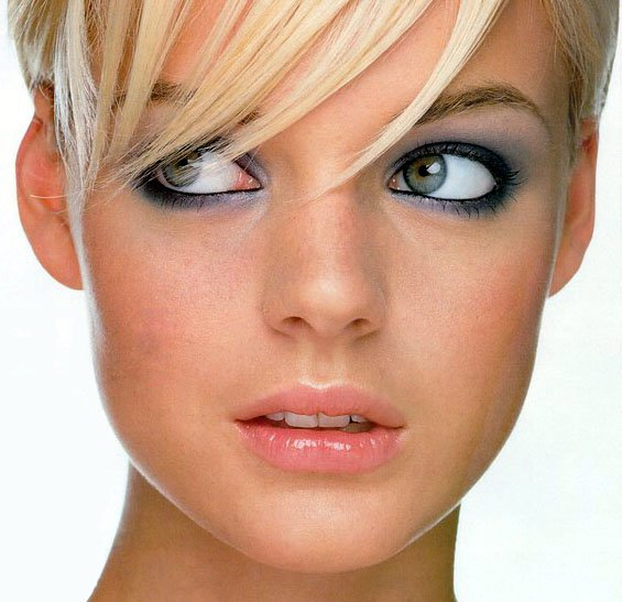 """Чем отличается макияж для свидания от обычного  """"рабочего """" макияжа?  Вот и всё.  Выбирайте себе хороший стиль))  Свой стиль. Вам без особых проблем удастся создать идеальный макияжМода стиль макияж."""